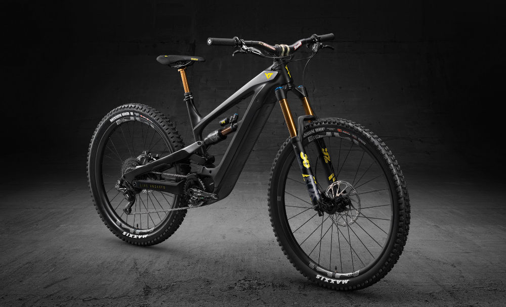 The new YT Decoy - E-Bikes